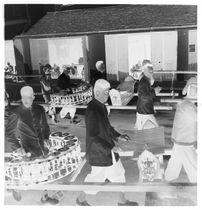 Sans titre [funérailles du roi Sisavang Vong : musiciens]