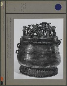 """""""Kuduo"""", pot en bronze pour les offrandes"""